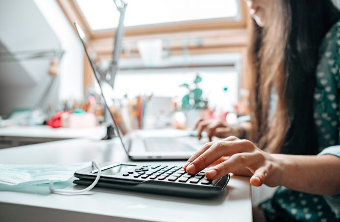 How Entrepreneurs Can Manage Their Business Finances With Success