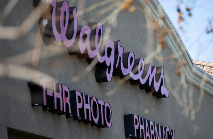 Thefts at San Francisco Walgreens stores four times the average of company's U.S. stores